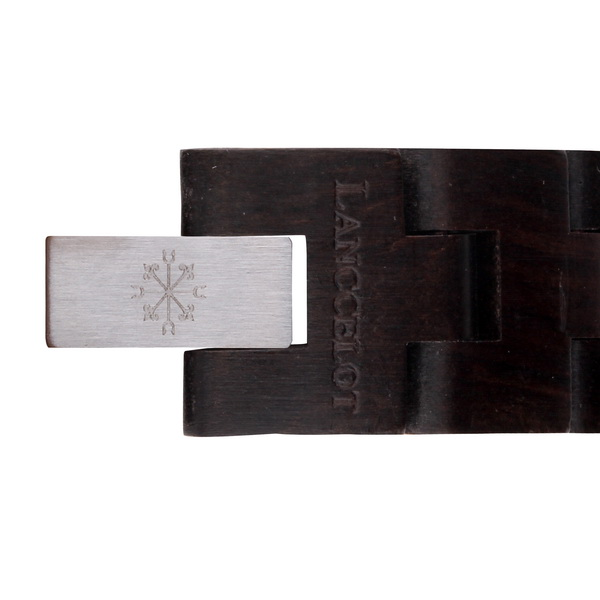 Aegis of Papua Strap Detail